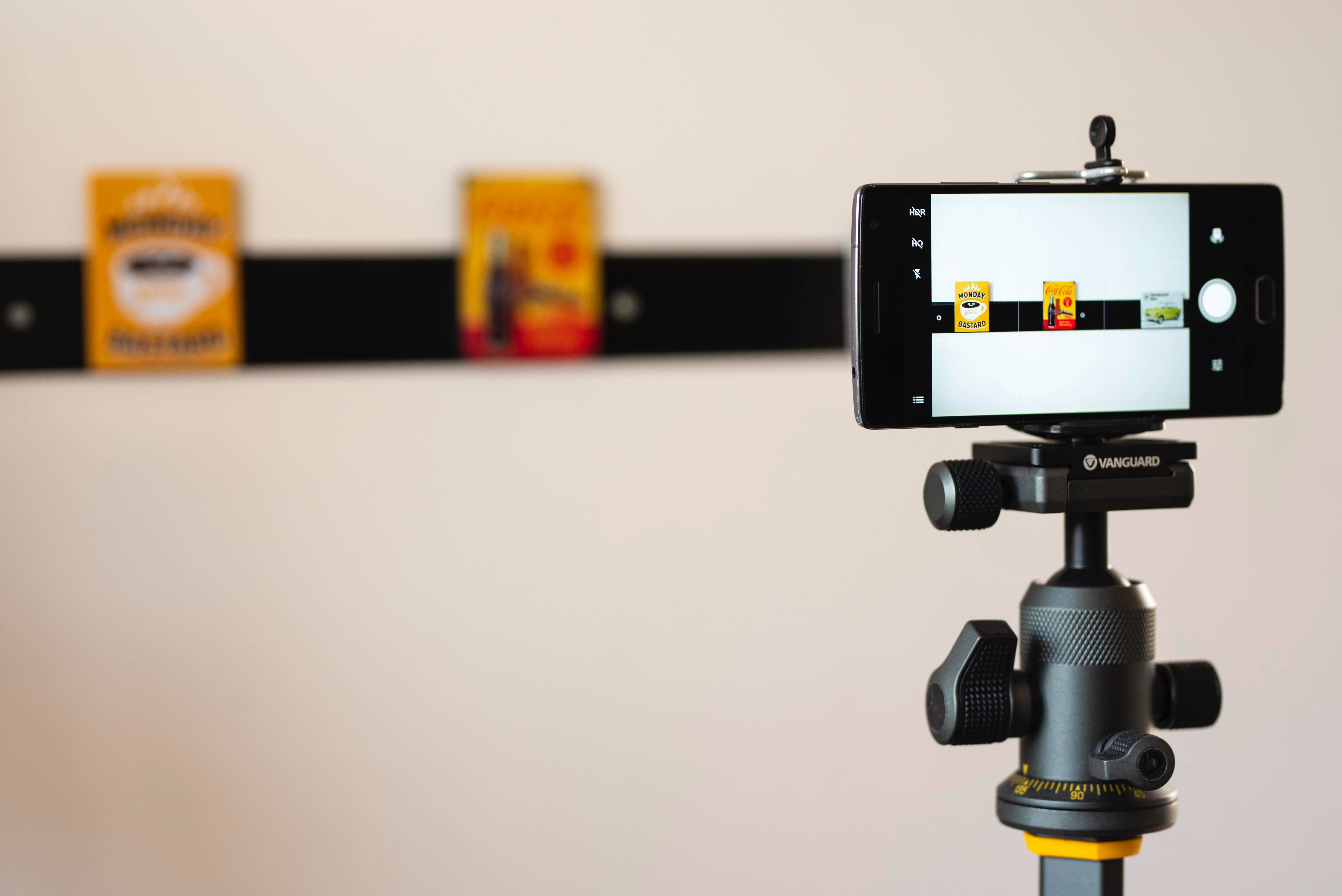 Facebook Live Best Practices - An image of a camera phone on a tripod