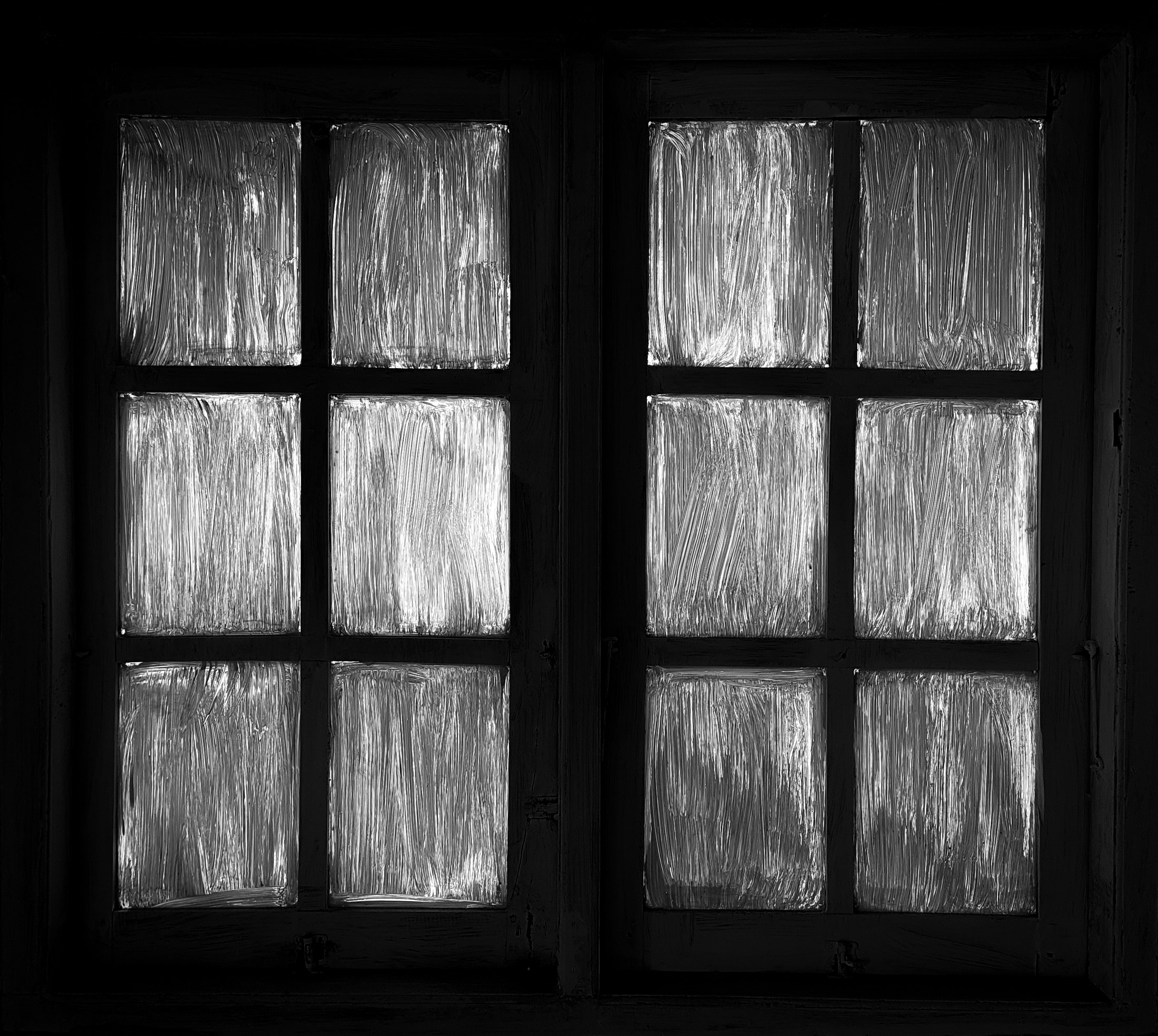Filmmaking Trends in 2020 - An Image of Spooky Blacked out Windows