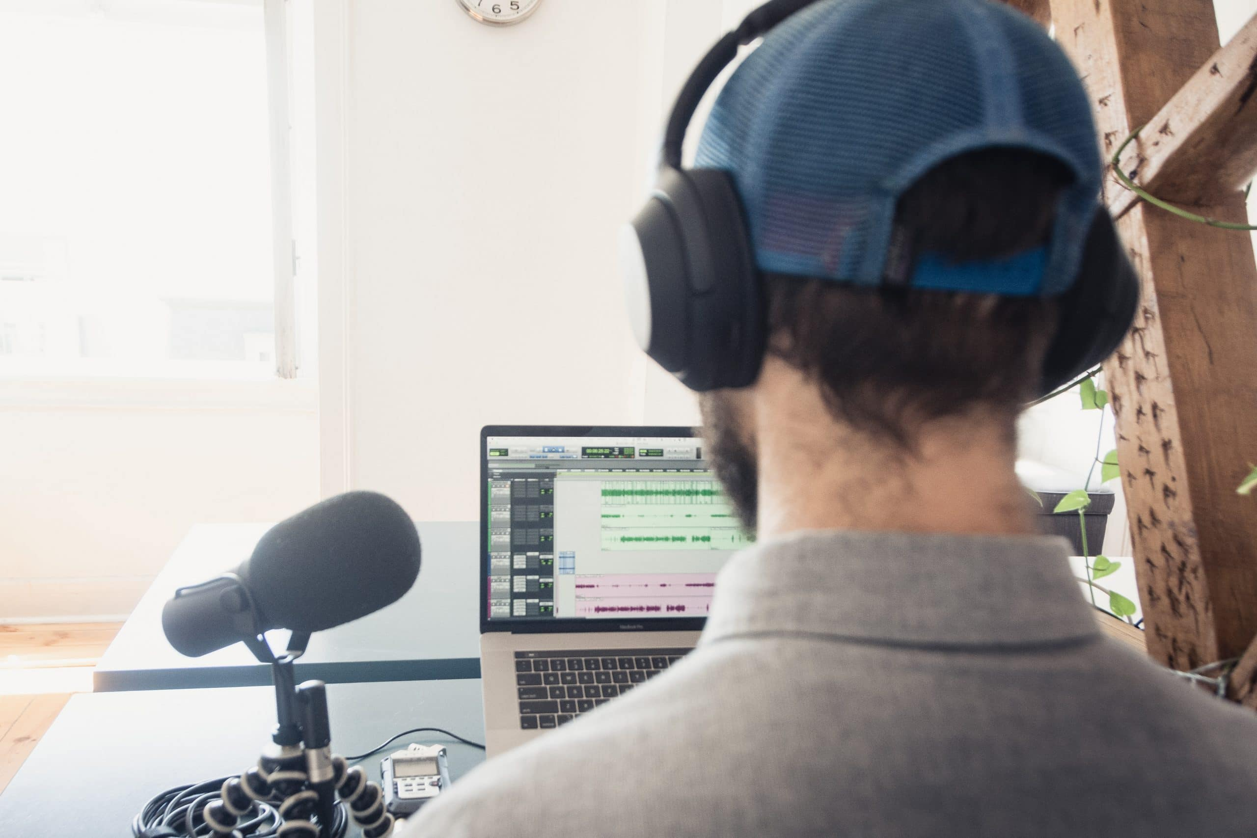 What to Look for in a Voiceover Artist - sound editor working