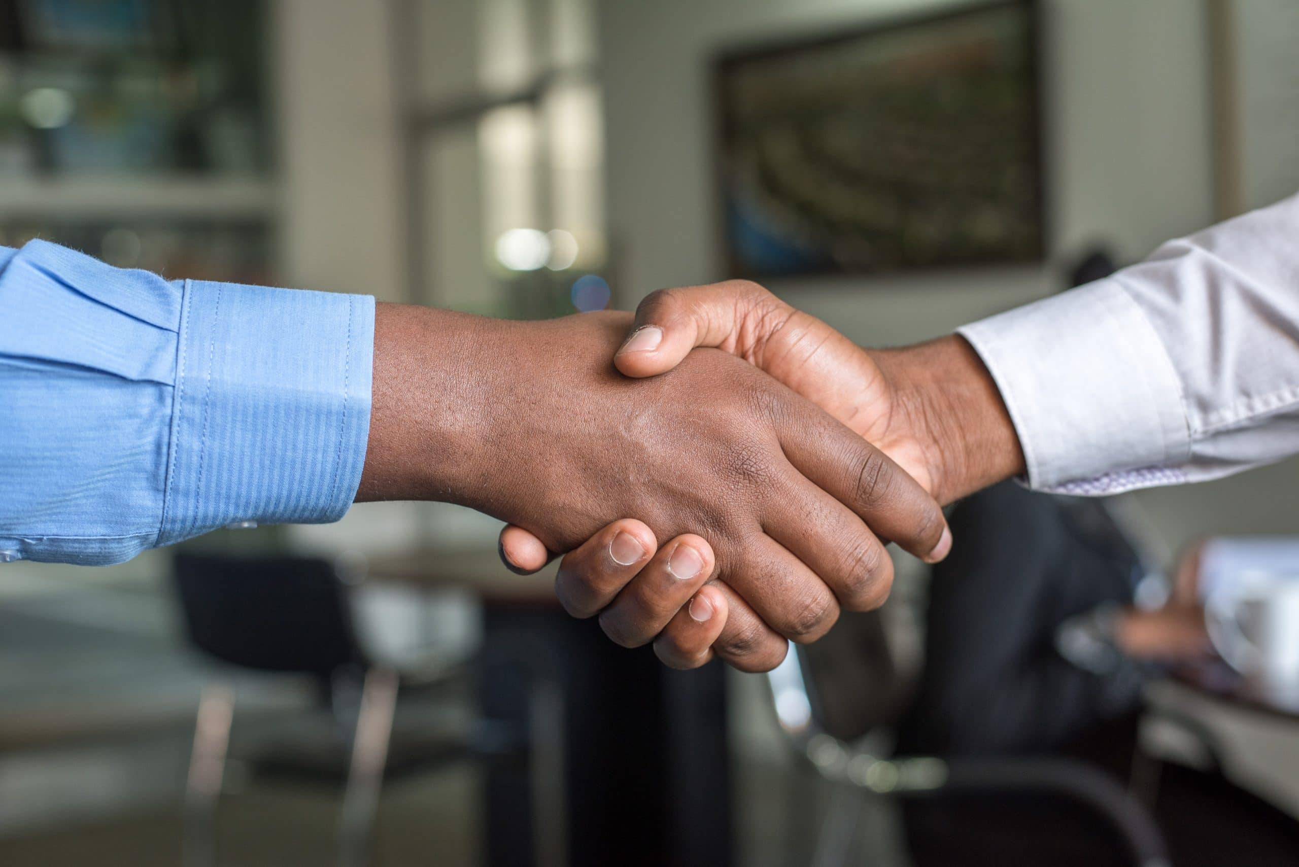 How to prepare a professional video resume - An image of two people shaking hands